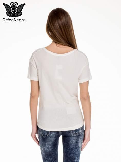 Biały t-shirt z napisem BROOKLYN                                  zdj.                                  4
