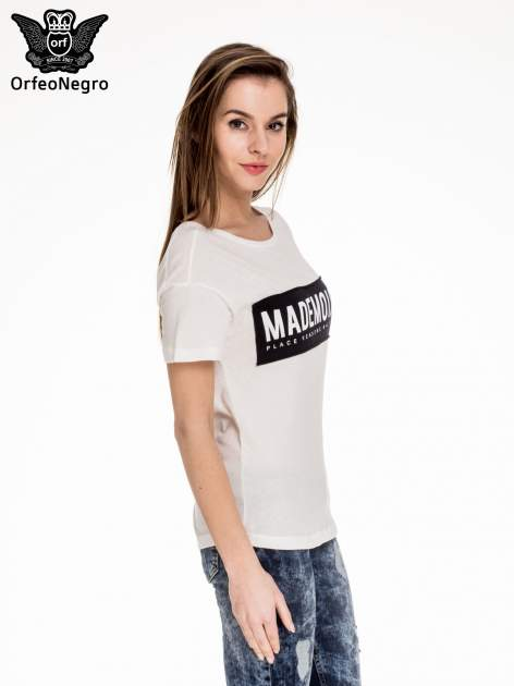 Biały t-shirt z napisem MADEMOISELLE                                  zdj.                                  3