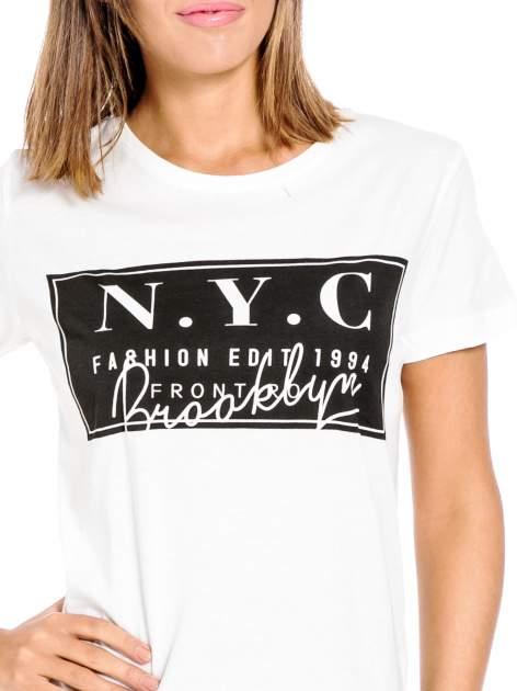 Biały t-shirt z napisem NYC Brooklyn                                  zdj.                                  5