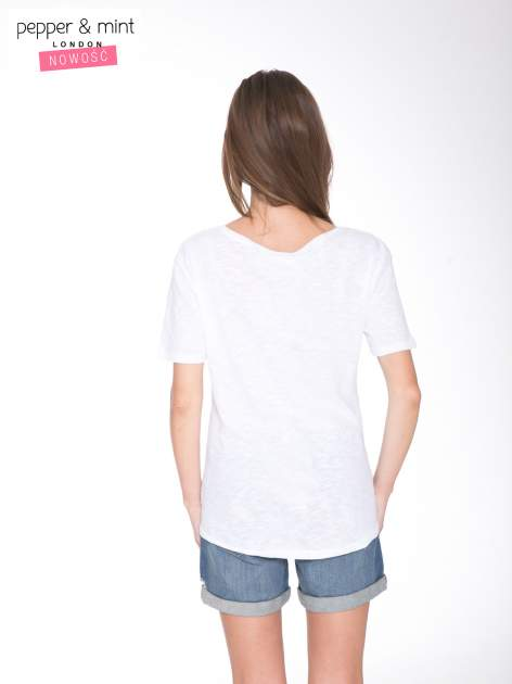 Biały t-shirt z napisem OK                                  zdj.                                  4