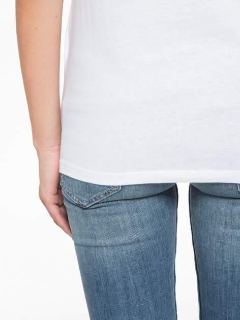 Biały t-shirt z napisem STAND BY ME                                  zdj.                                  10