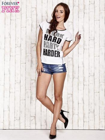 Biały t-shirt z napisem WORK HARD PARTY HARDER                                  zdj.                                  4