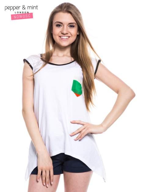 Biały t-shirt z wydłużonymi bokami i paskami z tyłu                                  zdj.                                  1