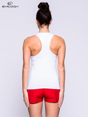 Biały top fitness z dekoltem V                                  zdj.                                  3