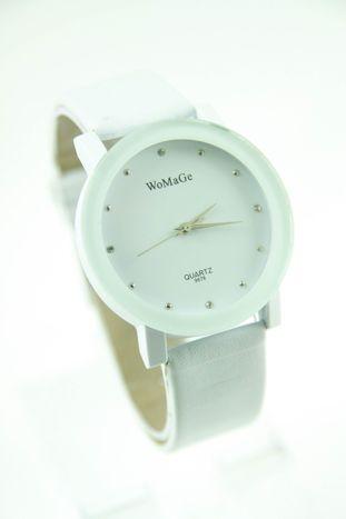 Biały zegarek damski z cyrkoniami na skórzanym pasku                                  zdj.                                  1