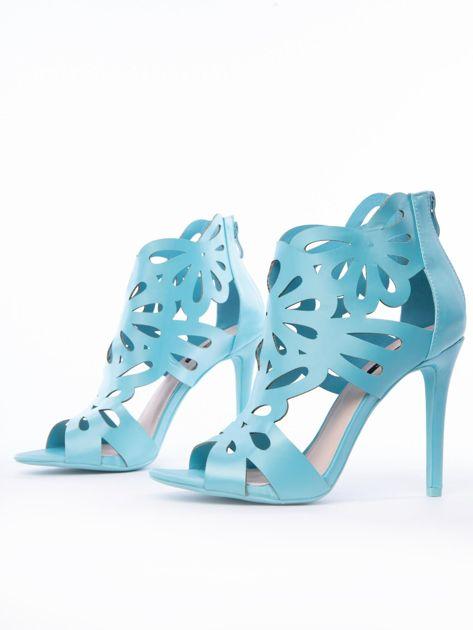 Błękitne sandały z ażurową cholewką z satyny                              zdj.                              3
