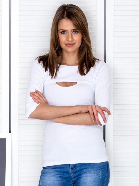 Bluzka biała z wycięciem na dekolcie