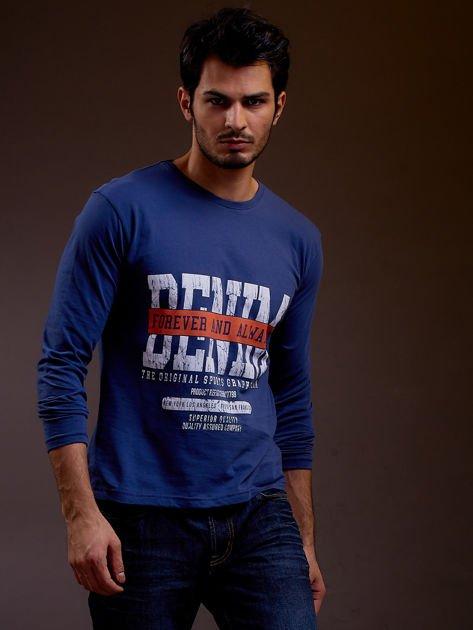 Bluzka męska z tekstowym nadrukiem niebieska                              zdj.                              1