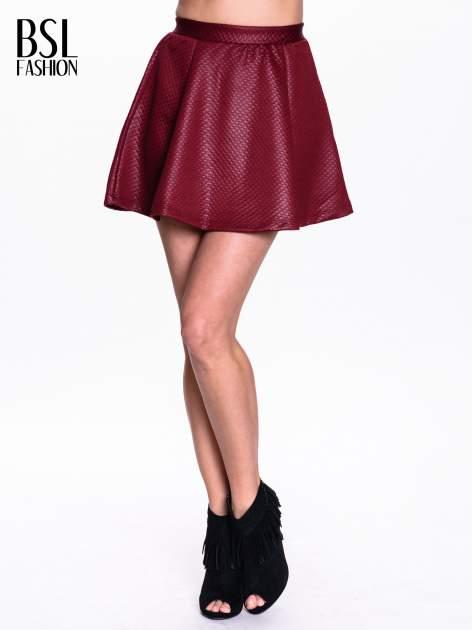 Bordowa pikowana spódnica mini ze skóry