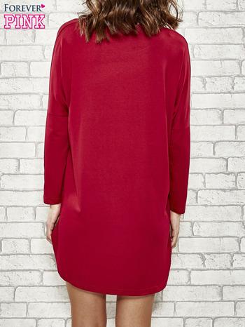 Bordowa sukienka z napisem NEW YORK CITY                                  zdj.                                  6