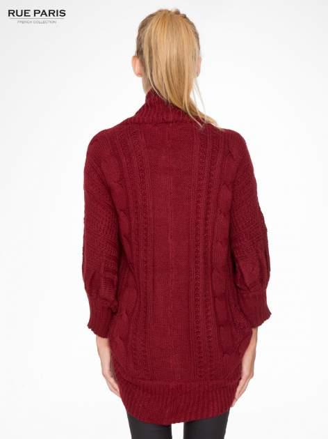 Bordowy dziergany sweter typu otwarty kardigan                                  zdj.                                  4