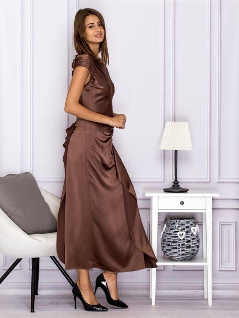 Brązowa długa sukienka z falbaną                                  zdj.                                  3