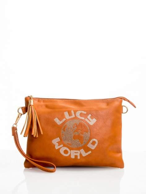 Brązowa kopertówka z dżetami napis LUCY WORLD