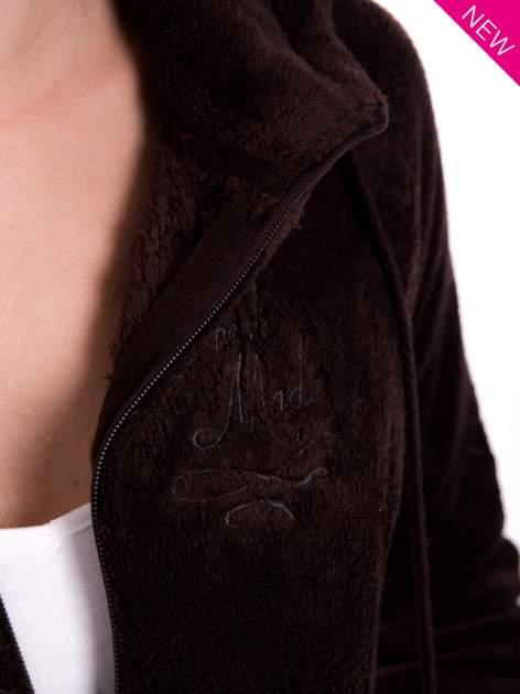 Brązowa pluszowa bluza z kapturem z uszkami i pomponami                                  zdj.                                  11