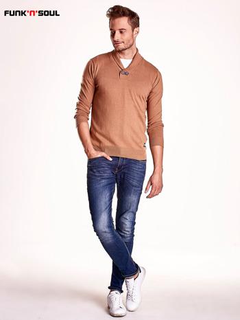 Brązowy sweter męski z guzikami FUNK N SOUL                                  zdj.                                  5
