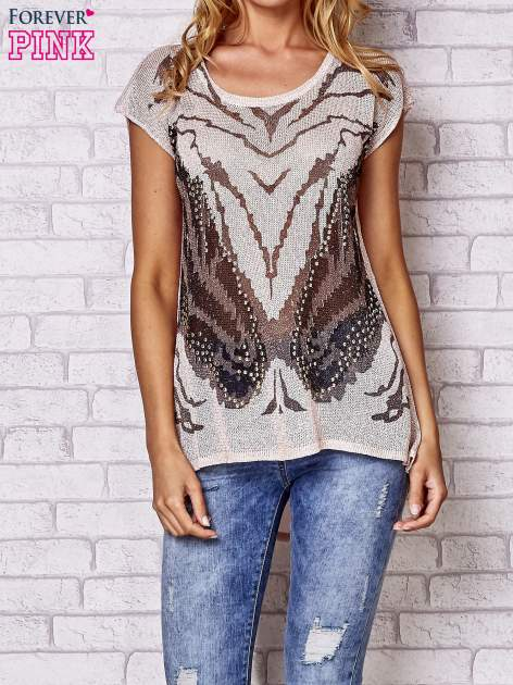 Brzoskwiniowy t-shirt z nadrukiem motyla                                  zdj.                                  1