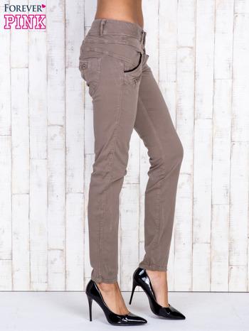 Ciemnobeżowe spodnie z kieszonkami na suwak                                  zdj.                                  3