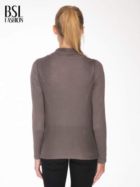 Ciemnobrązowy otwarty sweter z kaskadowymi bokami                                  zdj.                                  4
