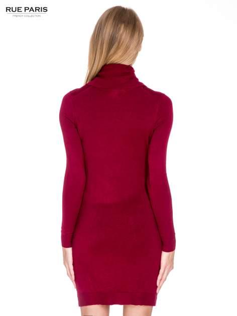 Ciemnoczerwona swetrowa sukienka z golfem                                  zdj.                                  4