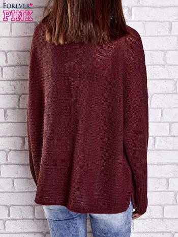 Ciemnoczerwony sweter oversize z rozcięciami po bokach                                  zdj.                                  6