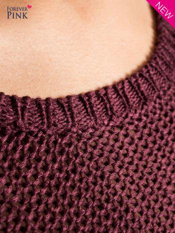 Ciemnofioletowy sweter bawełniany z oczkami na ramionach                                  zdj.                                  2