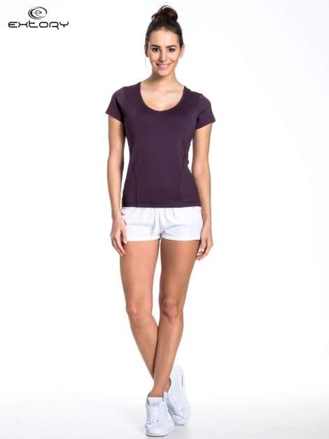 Ciemnofioletowy t-shirt sportowy basic                                  zdj.                                  3