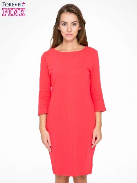Ciemnokoralowa dresowa sukienka z kieszeniami po bokach                                  zdj.                                  1