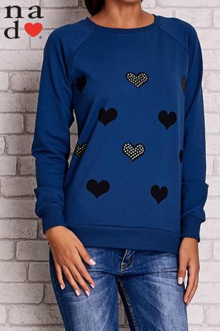 Ciemnoniebieska bluza z serduszkami