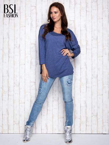 Ciemnoniebieska melanżowa bluzka z dekoltem na plecach                                  zdj.                                  2