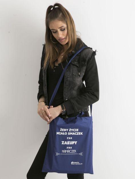 Ciemnoniebieska torba ekologiczna z bawełny z napisem                              zdj.                              3