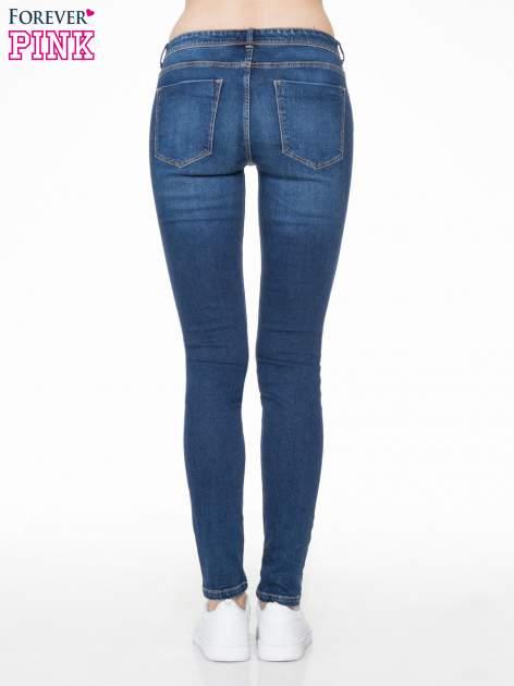 Ciemnoniebieskie spodnie typu skinny jeans z cieniowaniem                                  zdj.                                  4
