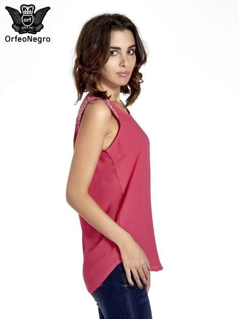 Ciemnoróżowa bluzka koszulowa z koralikami przy ramionach                                  zdj.                                  3