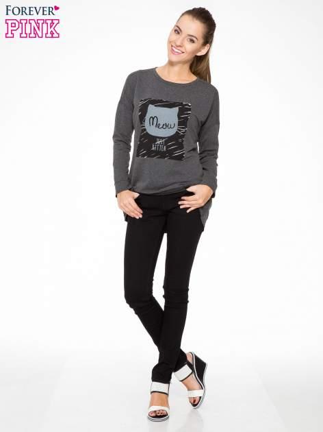 Ciemnoszara bluza z nadrukiem MEOW                                  zdj.                                  2