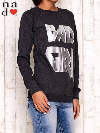 Ciemnoszara bluza z napisem BAD GIRL                                  zdj.                                  3