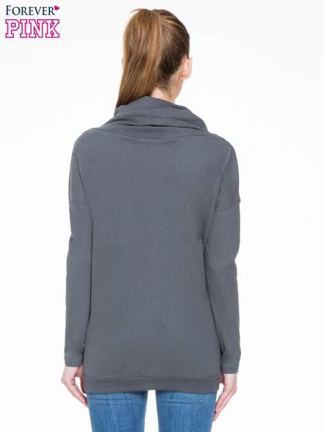 Ciemnoszara bluzka dresowa z kołnierzokapturem i ściągaczem na dole                                  zdj.                                  4