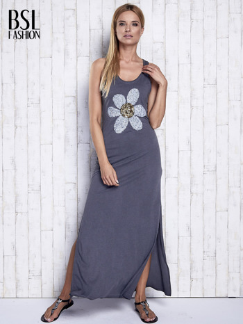 Ciemnoszara dekatyzowana sukienka maxi z cekinowym kwiatem                                  zdj.                                  4