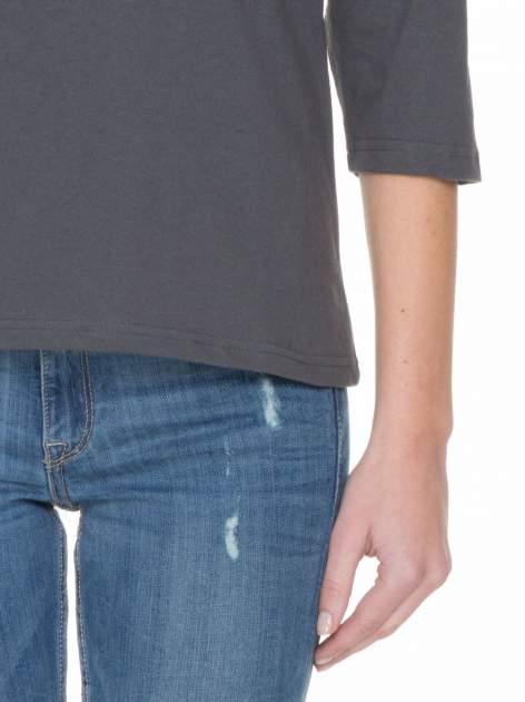 Ciemnoszara gładka bluzka z rękawem 3/4                                  zdj.                                  6