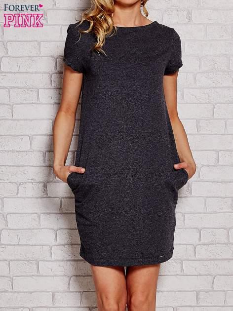 Ciemnoszara sukienka dresowa z kieszeniami                                  zdj.                                  1