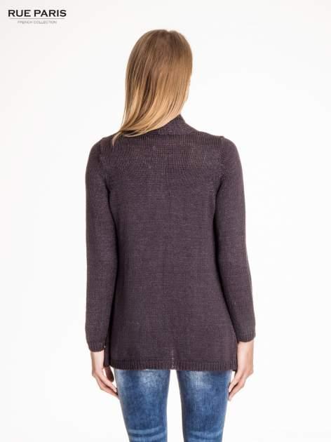Ciemnoszary otwarty sweter z błyszczącą nitką                                  zdj.                                  4