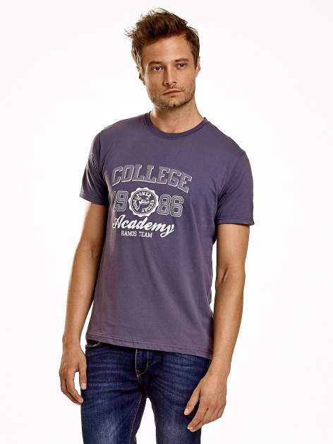 Ciemnoszary t-shirt męski z nadrukiem i napisem COLLEGE 1986