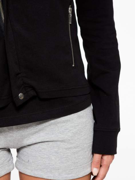 Czarna bluza dresowa z asymetrycznym suwakiem i kapturem                                  zdj.                                  8