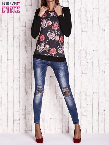 Czarna bluza w kwiaty                                  zdj.                                  2