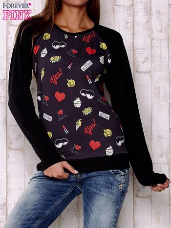 Czarna bluza z komiksowymi nadrukami                                  zdj.                                  1