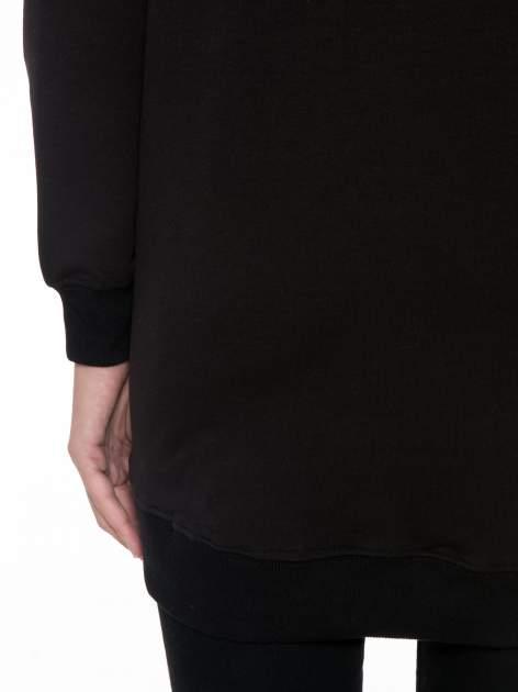 Czarna bluza z luźnymi rękawami o bąbelkowej fakturze                                  zdj.                                  8