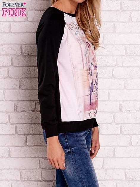 Czarna bluza z nadrukiem dziewczyny i napisem                                  zdj.                                  3