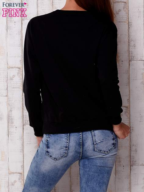 Czarna bluza z nadrukiem kwiatowym i napisem                                  zdj.                                  4