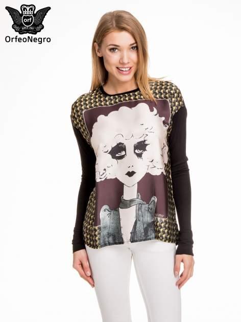 Czarna bluzka z grafiką kobiety