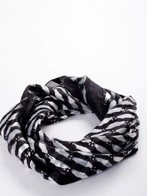 Czarna chusta apaszka w białe plamki                                  zdj.                                  2