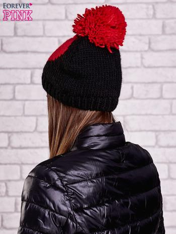 Czarna czapka z motywem serca i pomponem                                  zdj.                                  3