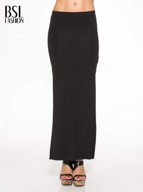 Czarna długa spódnica maxi z rozporkiem